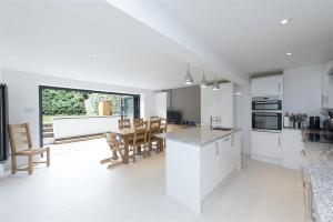 Gavin Pearce Architects Surrey
